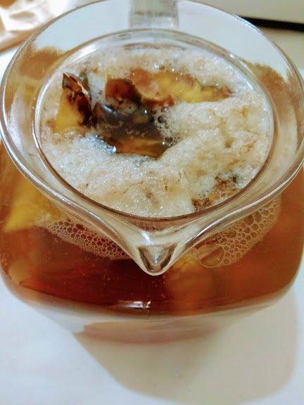 When tepache is fermented, it foams on top.